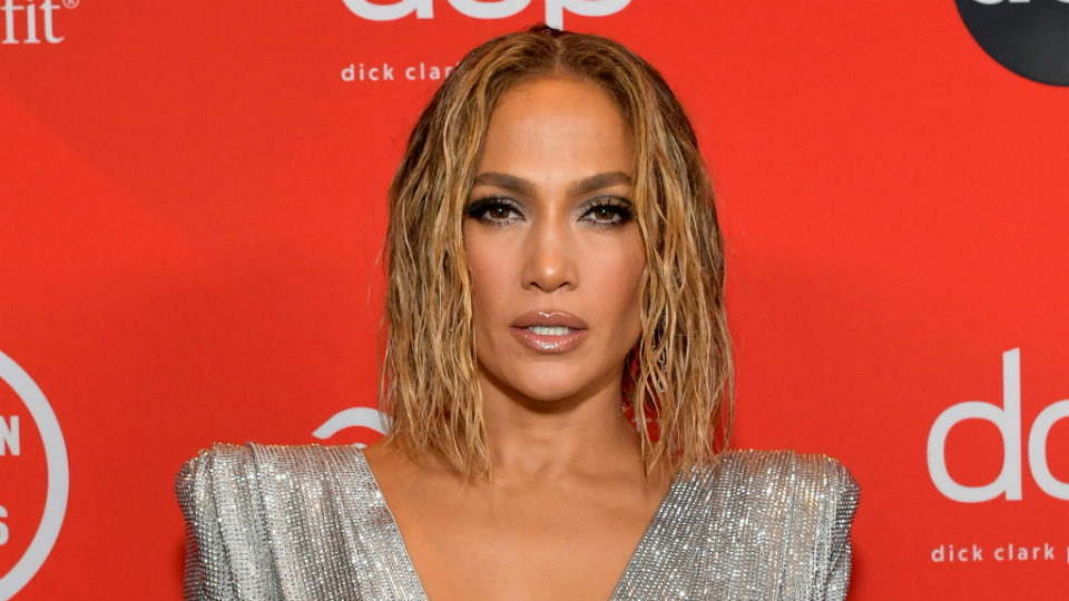 Jennifer Lopez goes completely naked for new single In