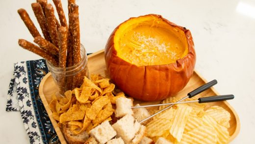 Pumpkin cheese fondue