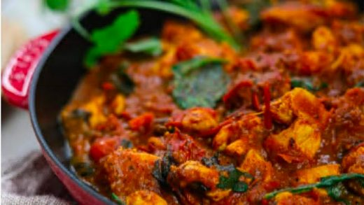 Tomato sauce curry