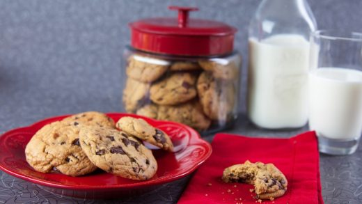 Chocolate chip cookies (chewy)