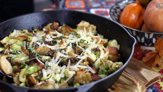 Stuffing with Brussels sprouts and crispy bacon