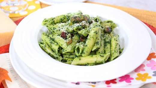 Ziti with kale pesto and crispy bacon