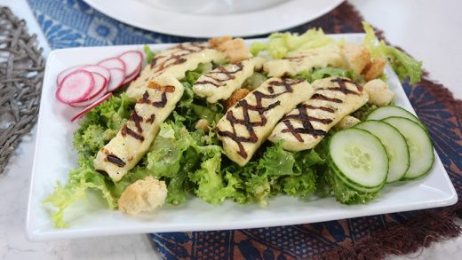 Grilled halloumi salad with lemon parsley dressing