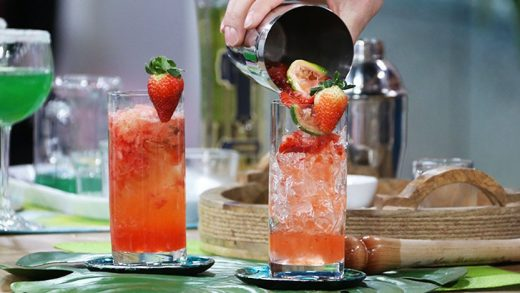 Strawberry caipiroska