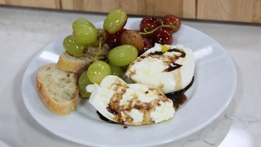 Burrata Cheese with Roasted Grapes