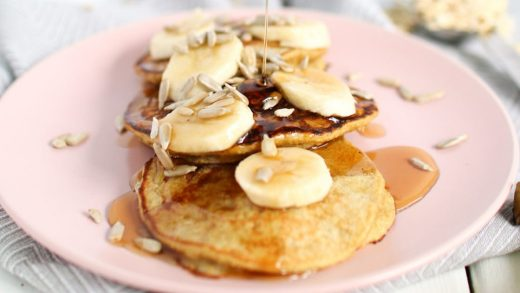 Five-ingredient banana oat pancakes