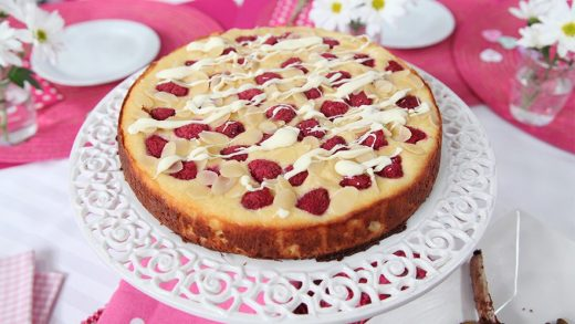Raspberry, ricotta and almond cake with white chocolate