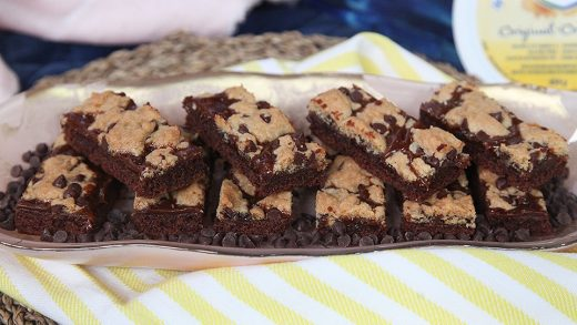 Dulce de leche cookie bars
