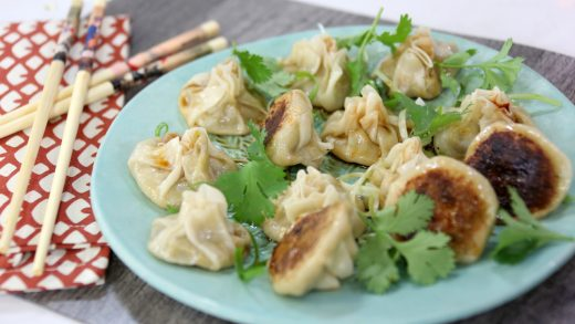 Crispy-bottom steamed dumplings
